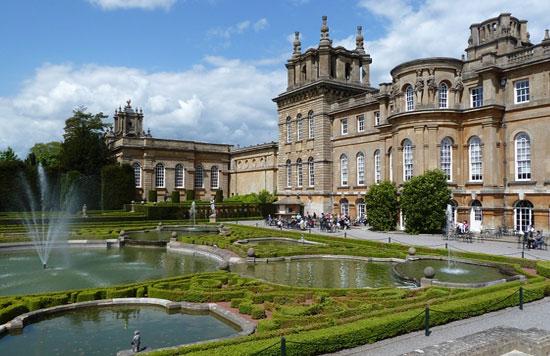 post image Dream Destinations for Wedding Photos Blenheim Palace - Dream Destinations for Wedding Photos
